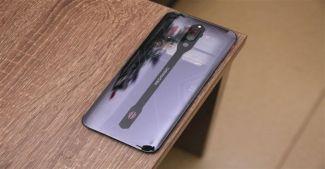 ZTE предложит нажать на кнопку и сделать тыльную панель смартфона прозрачной